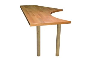 Tischplatte mit betonfuß